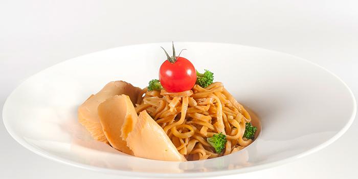 Braised Bai Ling Mushroom with Ee Fu Noodle from Elemen @ Millenia Walk in Promenade, Singapore