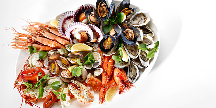 Fresh Seafood from Beach Road Kitchen in JW Marriott Hotel Singapore South Beach in City Hall, Singapore
