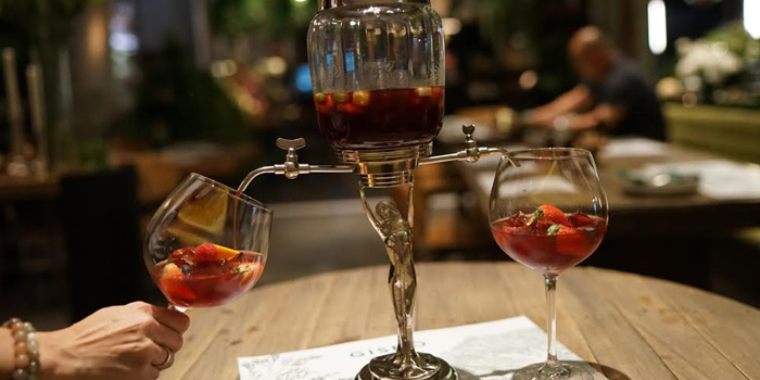 Peach Sangria Party from GISMO Coffee & Roasters at 39 Boulevard, Bangkok
