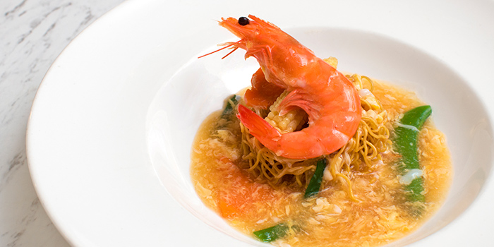Crispy Prawn Noodles from Straits Cafe at Rendezvous Hotel in Dhoby Ghaut, Singapore