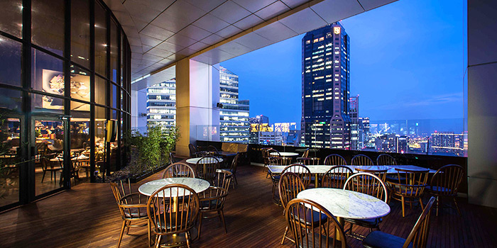 Patio of SEAR at Singapore Land Tower in Raffles Place, Singapore
