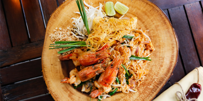 Shrimp Pad Thai from Mango Tree Surawong in Surawong Road, Bangkok