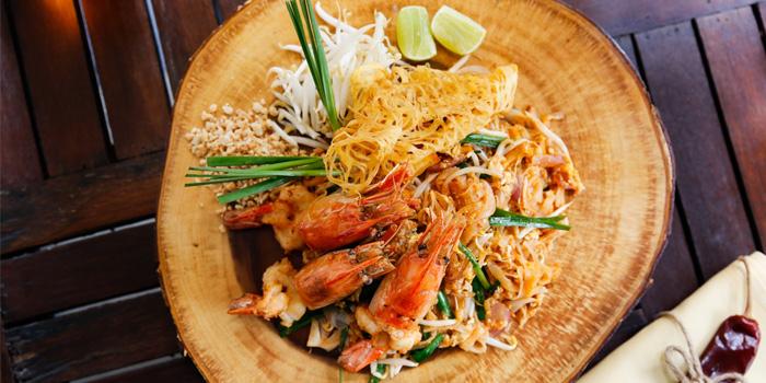 Shrimp Pad Thai from Mango Tree Surawong in Surawong Road, Bangkok