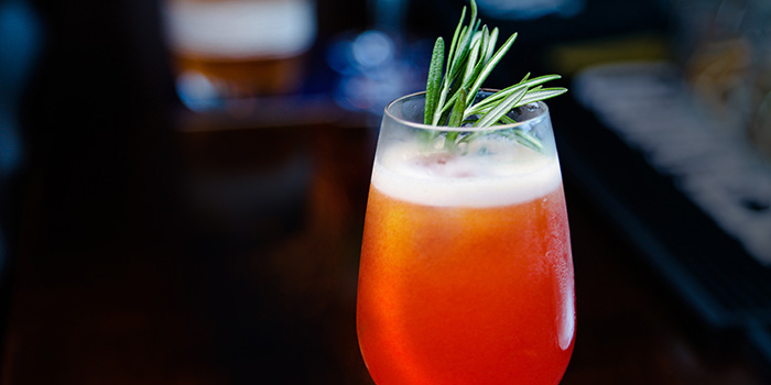Singapore Sling from Barnacles at Customs House in Fullerton, Singapore