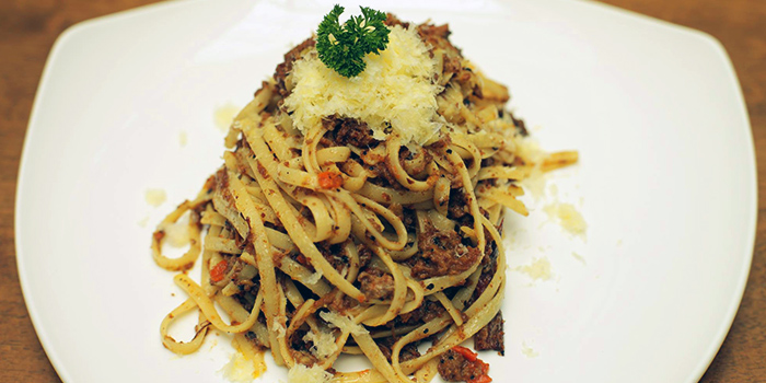 Bolognese Linguine from Five Marbles Craft Beer Restaurant Rendevouz Hotel in Dhoby Ghaut, Singapore