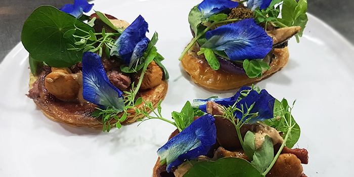 Tarte Fine of Ox Tongue with Blue Pea Flowers from bistro November in Keong Saik, Singapore