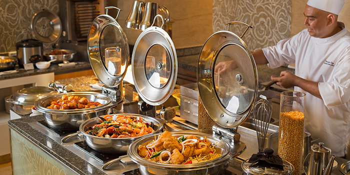 Chef & Buffet Spread of Window on the Park in Holiday Inn Singapore Orchard City Centre in Orchard, Singapore