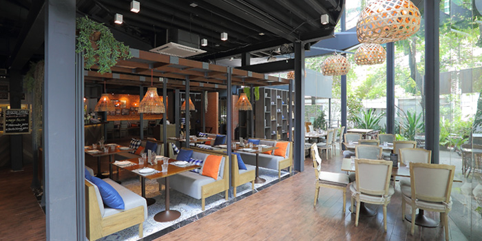 Ambience from Attarote on Sukhumvit39, Wattana, Bangkok