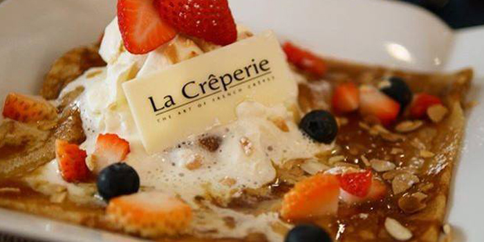 Crepe with Mix Berry from La Crêperie on Sukhumvit Soi 39, Bangkok