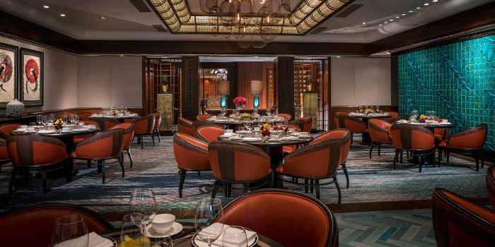Main Dining Hall of Jiang-Nan Chun at Four Seasons Hotel Singapore in Tanglin, Singapore