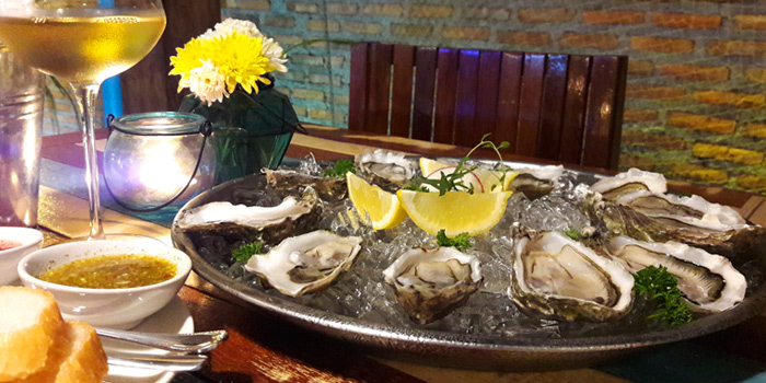 Oysters Platter from KUTAI Mussels Restaurant & Bar at Soi Suanplu,Thungmahamek, Sathorn, Bangkok