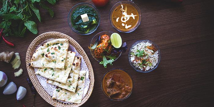 Naan Assortment from Patro