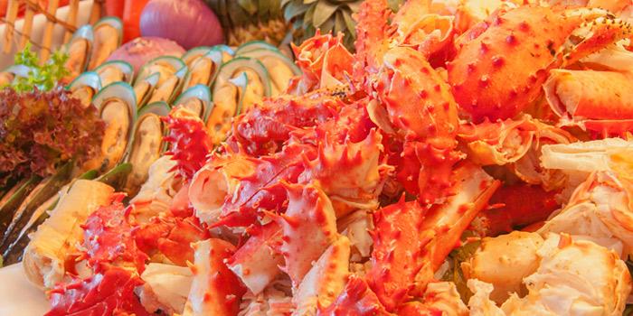 Seafood Buffet from Albricias at Chatrium Residence Sathon, Soi Naradhiwas 24, Bangkok