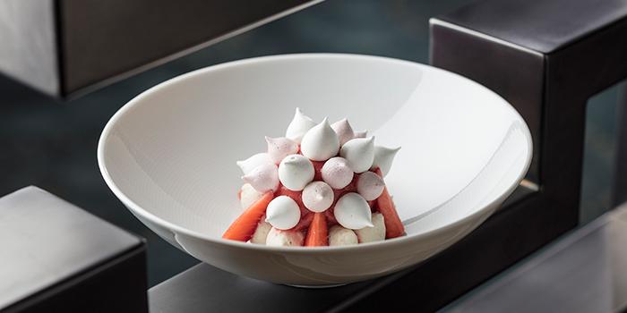 Strawberry Vacherine MediumRes, The Tasting Room, Coloane-Taipa, Macau