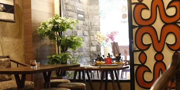 Interior 1 at Papoea Kemang