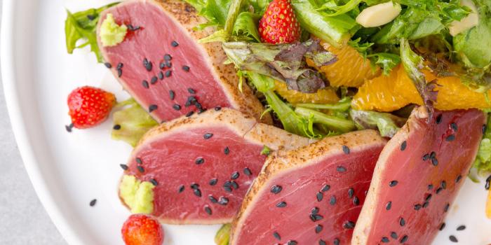 Yellowfin-Tuna-Mediterranean-Salad from The Dock at The Maze Thonglor, Bangkok