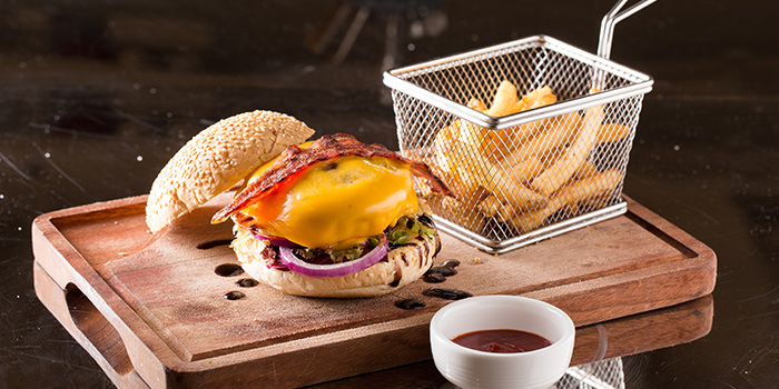 Beef Burger with Cheese & Bacon Fries, Co-Dining Space, Tsim Sha Tsui, Hong Kong