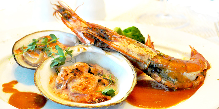 Duo-Cooked Garlic Prawns and Gratin Sea Jumbo Clams from Royale at Mercure Singapore Bugis in Bugis, Singapore