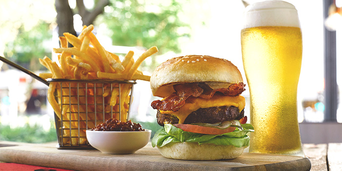 New York Burger from Glasshouse by DHM at The Heeren in Orchard, Singapore