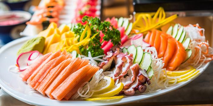 Mixed Sashimi from River Barge Restaurant at Chatrium Hotel Riverside, Bangkholame, Bangkok