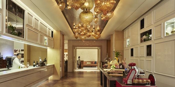 Interior 2 at Arts Cafe Raffles Jakarta