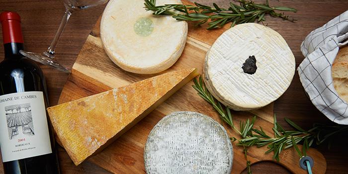 Cheese Platter from 13% Gastro Wine @ Telok Ayer in Telok Ayer, Singapore