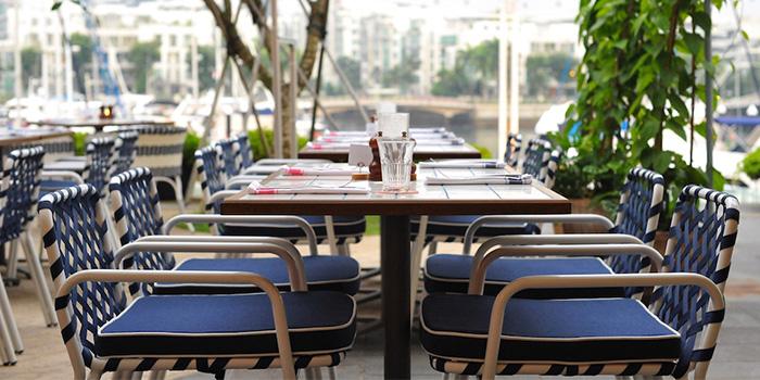 Al Fresco Dining Area of Bayswater Kitchen at Marina at Keppel Bay, Singapore