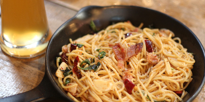 Bacon Spaghetti Aglio E Olio from Wishbeer Home Bar at 1491 Soi Sukhumvit 67, Phra Khanong Nuea, Bangkok