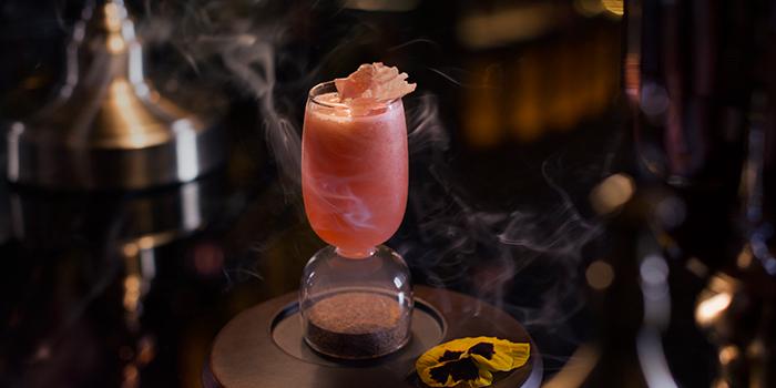Electric Pink Cadillac, Lobster Bar and Grill, Admiralty, Hong Kong