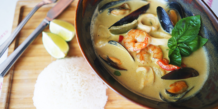 Green Curry from Pince & Pints Restaurant and Bar in Duxton, Singapore
