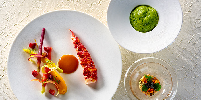 Live Blue Lobster in Three Services, Restaurant Petrus, Admiralty, Hong Kong