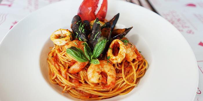 Marinara Pasta from Pince & Pints Restaurant and Bar in Duxton, Singapore