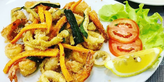 Mixed-Deep-Fried-Seafood from Casanova in Patong, Phuket, Thailand.
