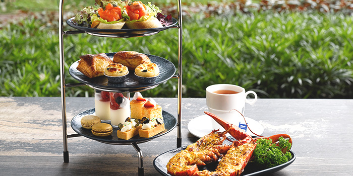 3-Tier Boston Lobster Afternoon Tea from The Best Brew at Sheraton Singapore Riverview in Robertson Quay, Singapore
