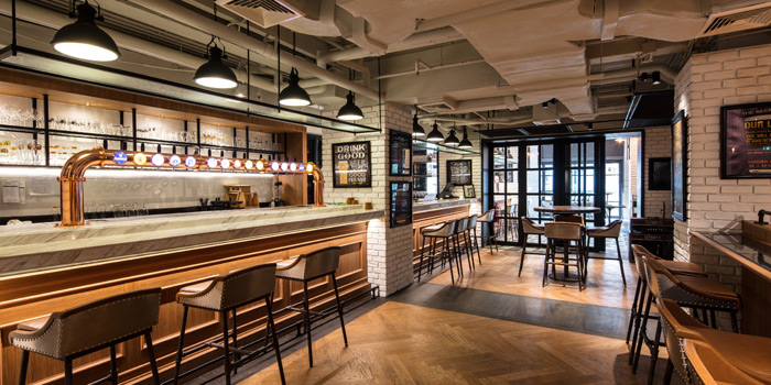 Ambience from Beer Republic at 971 Phloen Chit Rd, Lumphini Pathumwan, Bangkok