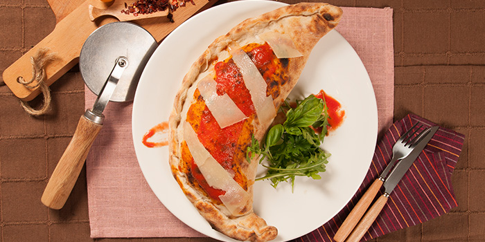 Calzone Rosso Vino Pizza from Rosso Vino in Robertson Quay, Singapore