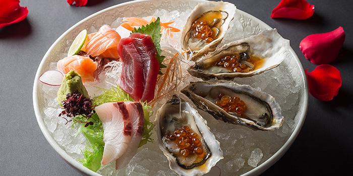 Deluxe Sashimi and Oyster Platter, CÉ LA VI Restaurant Hong Kong, Lan Kwai Fong, Hong Kong