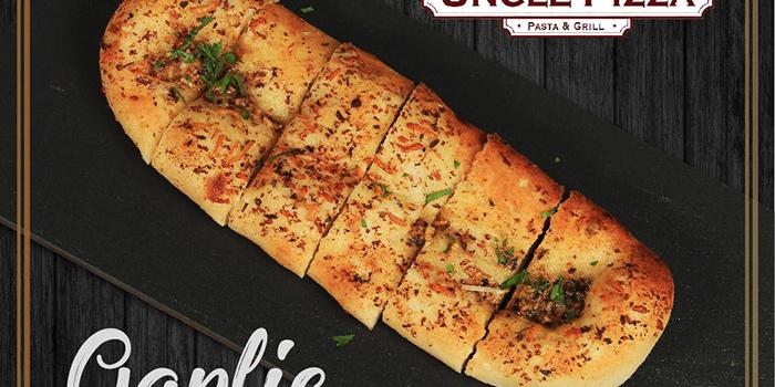 Garlic Focaccia, Uncle Pizza, Pasta & Grill, Central, Hong Kong