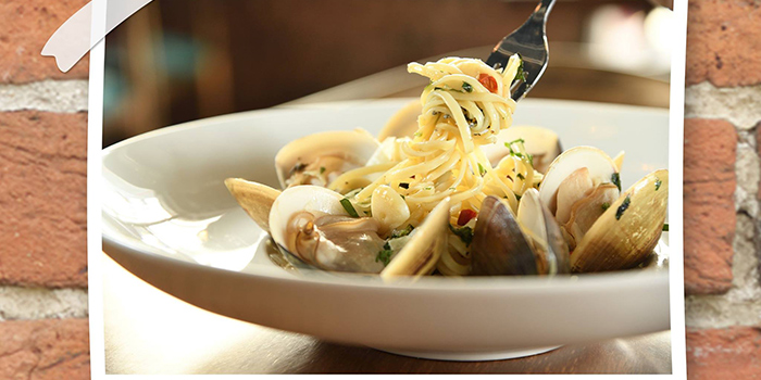 Linguine with clam with Chili in white wine fish broth, Uncle Pizza, Pasta & Grill, Central, Hong Kong