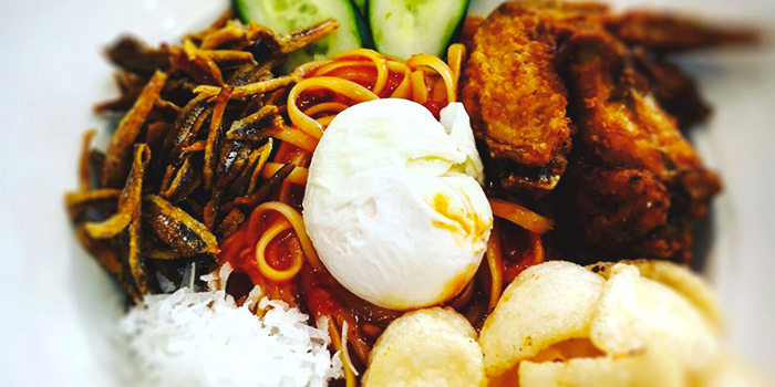 Yummo Chow