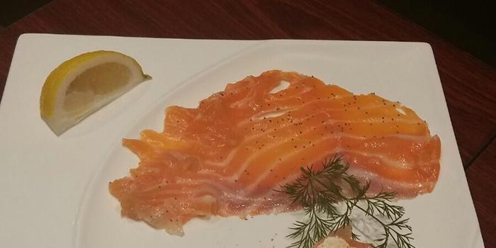 Salmon, Le Cafe Du Mont Blanc, Happy Valley, Hong Kong