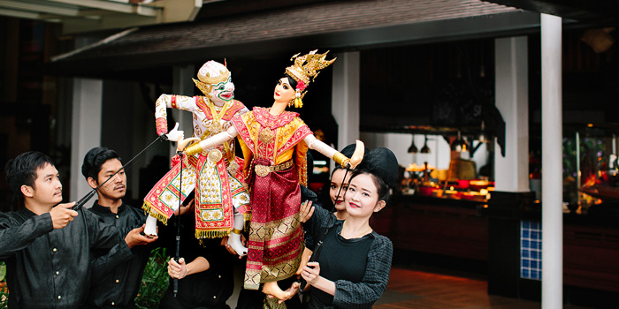 The Show from Riverside Terrace at Anantara Riverside Bangkok Resort 257/1-2 Thonburi, Bangkok