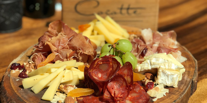 Cold Cut & Cheese Platter from Cocotte Farm Roast & Winery on Sukhumvit Soi 39, Bangkok