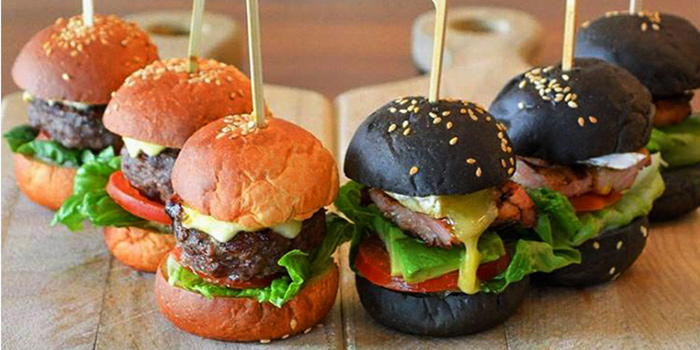 Chicken & Beef Sliders from etto at The Luxe in Dhoby Ghaut, Singapore