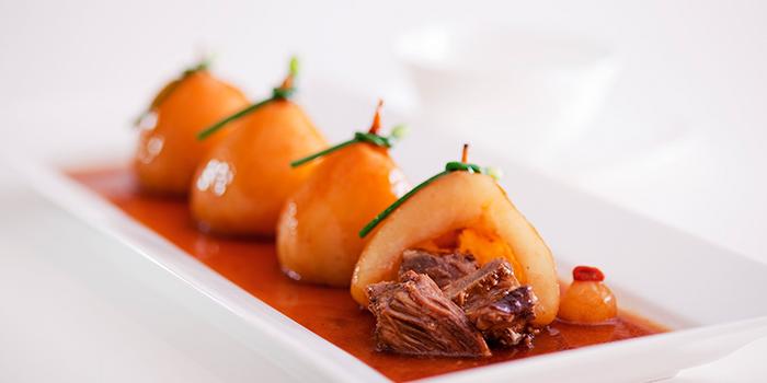 Beef in Pear, Hoi King Heen, Tsim Sha Tsui, Hong Kong