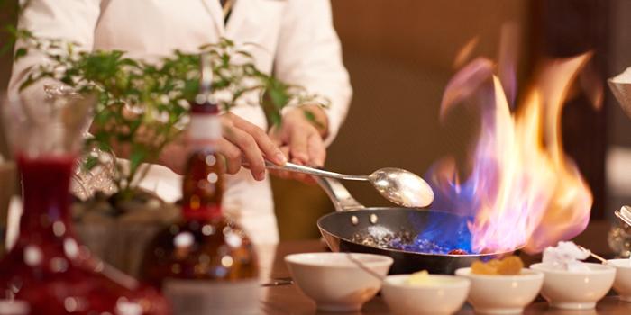 Table side cooking from Tables Grill Restaurant at Grand Hyatt Erawan, Bangkok