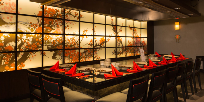 Dining Table of Benihana at AVANI Atrium Bangkok 1880 New Petchburi Rd Bangkok