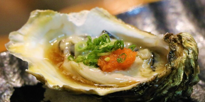 Scottish Loch Fyne Oyster from Southpaw Bar & Sushi in Jalan Besar, Singapore
