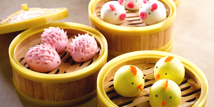 Assorted Lotus Paste Bun from Crystal Jade Kitchen (Zhongshan Mall) at Zhongshan Mall in Balestier, Singapore