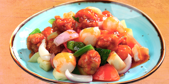 Sweet & Sour Chicken from Dining Place at Mandarin Gallery in Orchard, Singapore